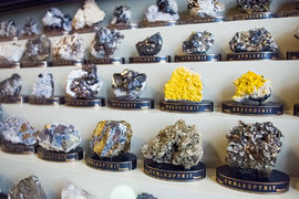 Sál minerálů