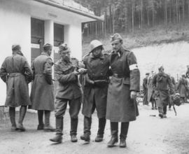 Evacuation of wounded soldiers from the railway station in Čremošné