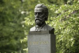 Smetana Forgotten in Stone or Trips Seeking Half-Forgotten Monuments