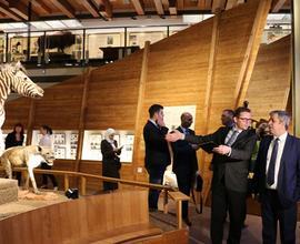 Syrská delegace si po jednání s vedoucími pracovníky Národního muzea prohlédla Novou budovu Národního muzea