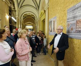 Návštěvníkům byli k dispozici pracovníci Národního muzea i sdružení M-P-I