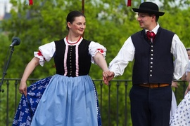 Folklorní taneční