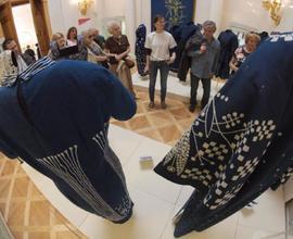 Prohlídka nové výstavy věnované modrotisku.