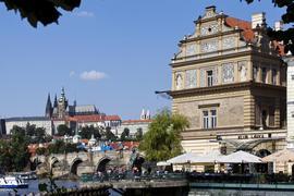 200 let poznáváme svět. Poznejte vy nás a přijďte zakusit Smetanu na Vltavě!