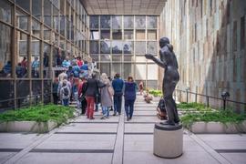 Za historií i zábavou - jak to žilo v Nové budově Národního muzea