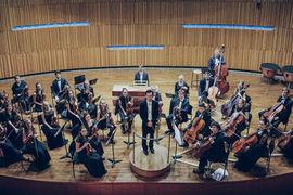 Smyčcový orchestr Pražské konzervatoře a orchestr Nadačního fondu Harmonie
