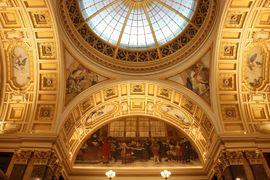 Do Panteonu Národního muzea s průvodcem