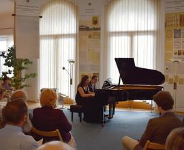 Klavírní koncert Almi dua ukončil slavnostní den Smetanovou Mou vlastí