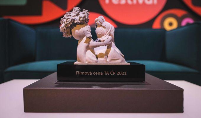 """Získali jsme ocenění na Zlín Film Festivalu """"Za popularizaci vědy mezi mládeží"""""""