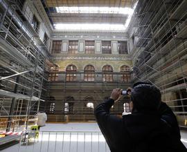 Stropy dvoran budou nově zasklené
