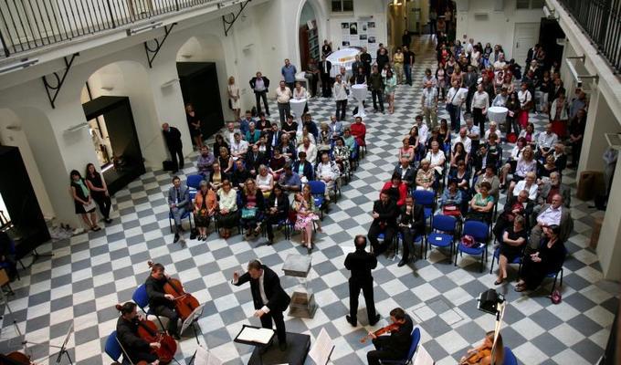 Plánujete společenskou akci nebo konferenci a hledáte prostory? Využijte nabídky objektů Národního muzea.