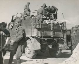 Rozvážení zbraní po 29. 8. 1944