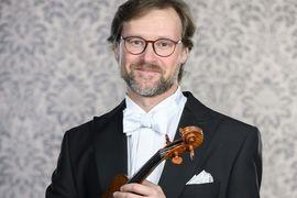 Komorní koncert houslisty Viktora Mazáčka a pianistky Yukie Ichimuro
