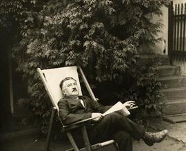 Josef Suk relaxující