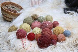 Workshop pravěkého textilu, aneb příběh nití a provázků
